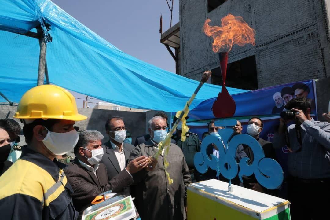 خبرنگاران طرح گازرسانی به چهار روستای سرپل ذهاب افتتاح شد