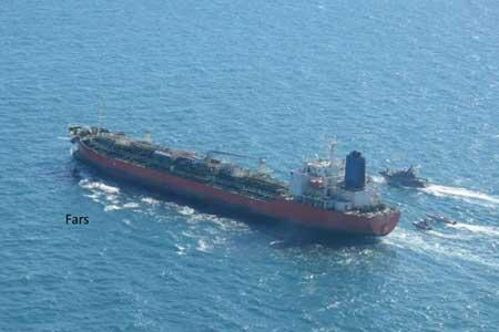 کشتی کره ای در ابتدا به اخطارهای سپاه بی توجهی کرد